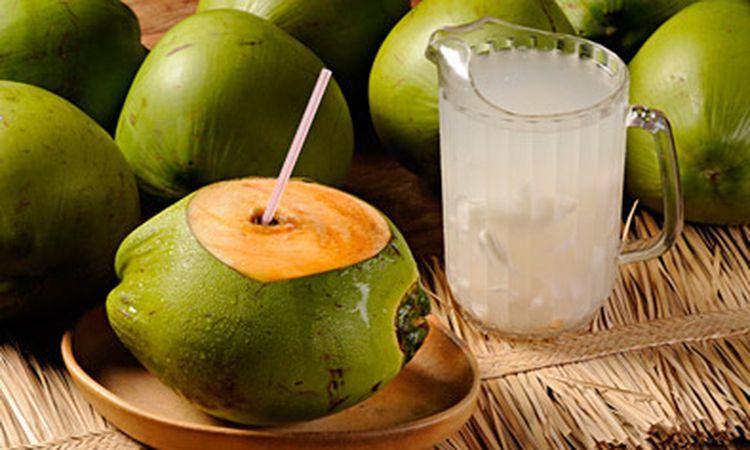 agua-de-coco-beneficios-propiedades