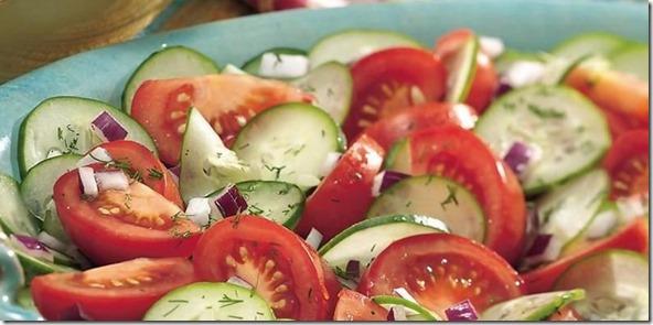 tomate y pepino ensalada